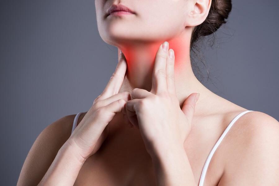 Saiba quais são os tipos e sintomas de faringite